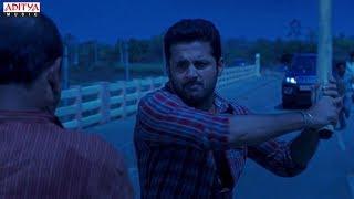 A Aa Hindi Dubbed Movie Action Trailer   Nithin, Samantha   Trivikram