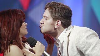 El Dasa se despidió de Ana Cristina con tremendo beso