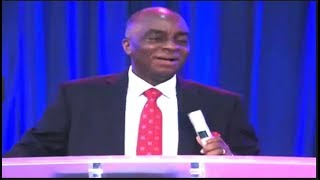 STILL RINGING THRILLS BISHOP OYEDEPO WITH LAUGHTER (Nigerian Entertainment)