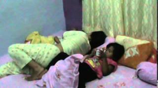 anak tidur dengan ibu,
