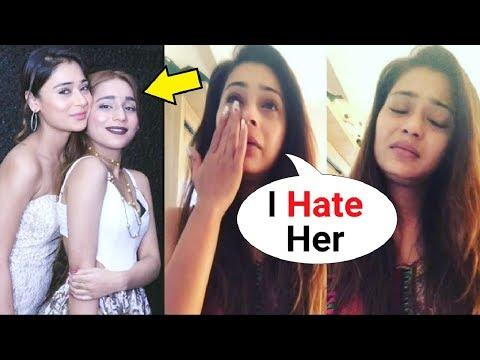 Xxx Mp4 Sara Khan CRYING After Big Fight With Sister Ayra Khan 3gp Sex