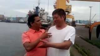 Funny Bangla Video With a  Foreigner  Ship captain At Mongla Port-2015
