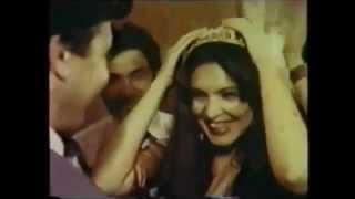 Rare footage - Raj Kapoor - Uzbek (USSR) singing Rafi & Mukesh