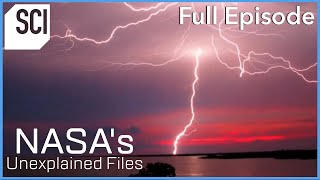 """Mysterious Signs of """"Intelligent Lightning""""  