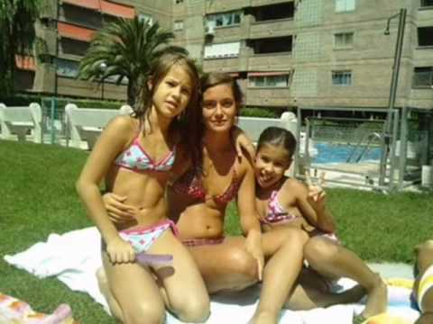 Lucia Gil en la piscina