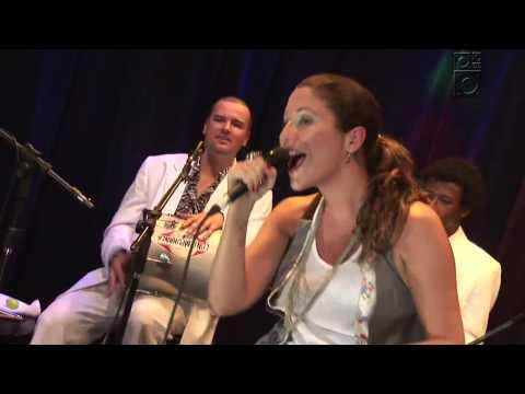 Maria Rita com Quinteto em Branco e Preto Num Corpo Só Trama Radiola 04 05 09