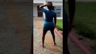 Shan'L danse le twerk
