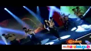 Shruti Haasan performing at SIIMA Awards 2012