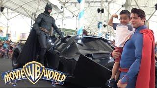 Meeting Our Favorite Superheroes Batman Superman At Warner Bros Movie World Theme Park Ckn Toys