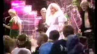 Bucks Fizz - The Land of Make Believe - TOTP 1981