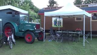 oude trekker en wagen op camping vreehorst