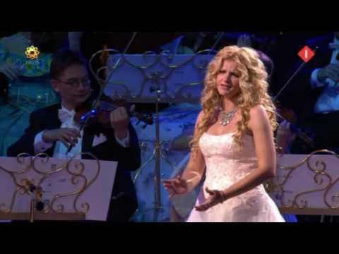 AVE MARIA in good sound by Mirusia Louwerse with André Rieu 2008 .