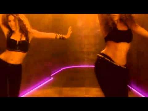 Shakira Addicted To You HD  tradiction arabic ترجمة أغنية شاكيرا