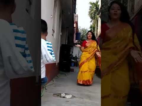 Xxx Mp4 Hot Dance By Bengali Bhabhi In Saree On Dj Waley Babu Song Part 1 3gp Sex
