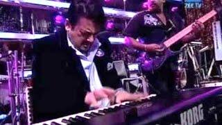 Adnan Sami Fastest Piano Playing Video 2016