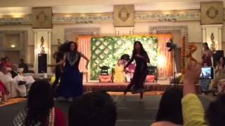 Mehndi Wedding Dance- Ghagra / D Se Dance