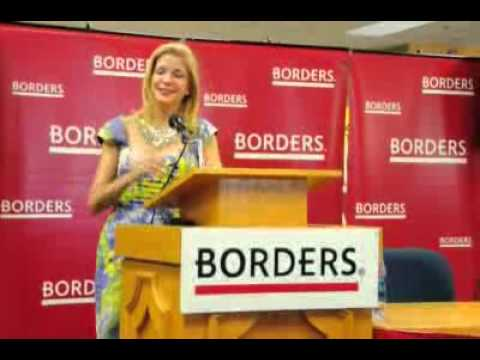 Xxx Mp4 Photos And Video Candace Bushnell Author Of Sex And The City Signs Books At Borders In Dallas 3gp Sex