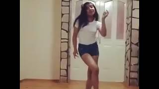 کلیپ رقص زیبا ی تک نفره