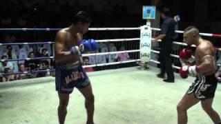 Ash (Tiger Muay Thai) KO's Slatan in rd 1 @ Patong Thai Boxing Stadium