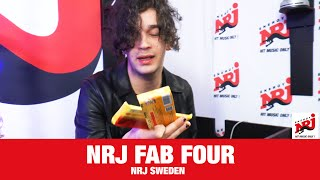 """[NRJ FUN TIMES]  Matthew Healy play """"FAB FOUR"""" and gets chocolate for  present! - NRJ SWEDEN"""