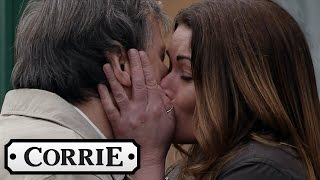 Carla Connor Emotionally Leaves Weatherfield - Coronation Street