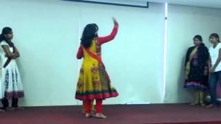 Mujhe kya bechega rupaiyya Women's day performance