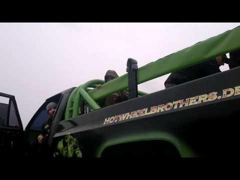 Xxx Mp4 Hot Wheelbrothers Stuntshow 5 Mp4 3gp Sex