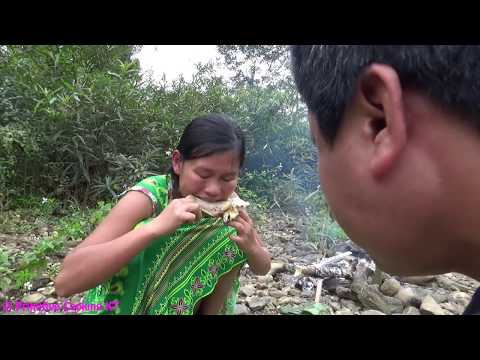 Primitive technology Primitive skills finding food and cooking chicken Eating delicious