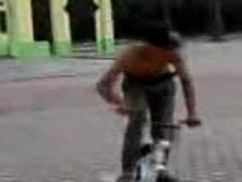 Xxx Mp4 Andy Bysicle BMX Street Perbaungan XXx Video 0008 Mp4 3gp Sex