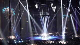 Muse - Isolated System + The Handler (O2 Arena 03/04/16)