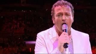 Toppers In Concert - Omdat ik zo van je hou