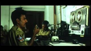 Nijam Tamil Movie - Shakila beats up police officer | Shakila Comedy