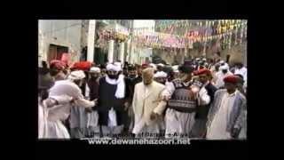 Pir Naseer-uddin-Naseer(R.A) with Pir Syed Dildar Ali Shah Sb at Astana-e-Dewan-e-Hazoori (R.A)