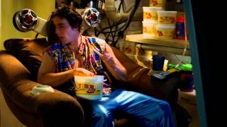 Idiocracy - Television Brainwashing Of The Future (Comedy)