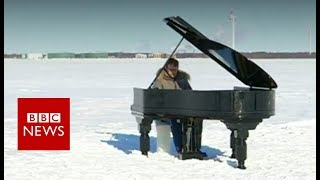 Extreme piano on frozen Baltic Sea - BBC News