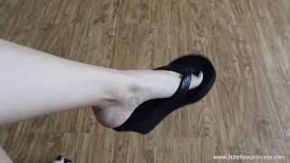 POV Wedges Dangling - Black Nails -