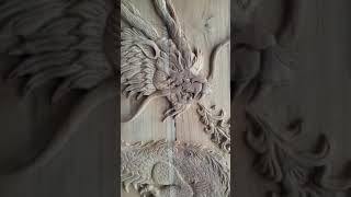 Amazing dragon wood carving door... jana..