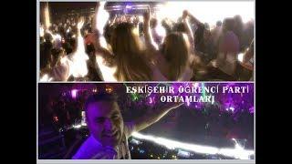 Eskişehir öğrenci parti ortamları ve Mert Hakan DJ performansı