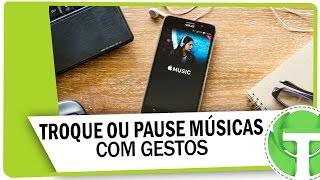 Como trocar ou pausar as músicas que estão tocando com gestos