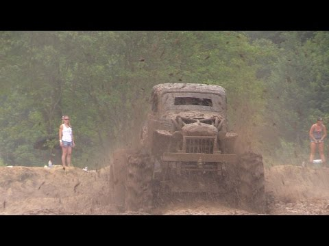 Maximum Power Park Trucks Gone Wild 2014