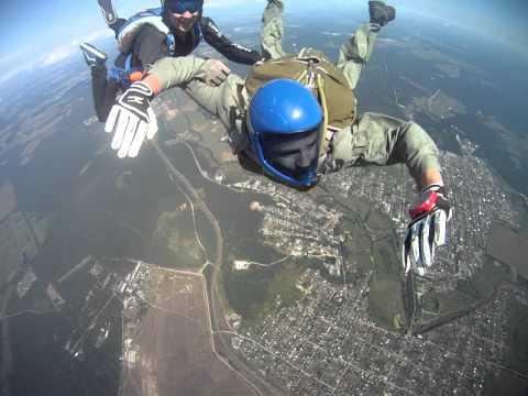 прыжок с парашютом 1 автором хак лучший