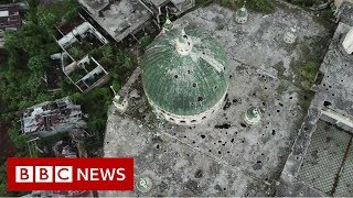 Inside the battle-scarred Philippine city of Marawi - BBC News