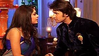 Raja Romances With Rani in 'Ek Tha Raja Ek Thi Rani'   #TellyTopUp