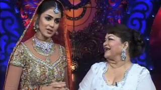 Genelia And Malaika Arora Khan Performing On The Sets Of Nachle Ve