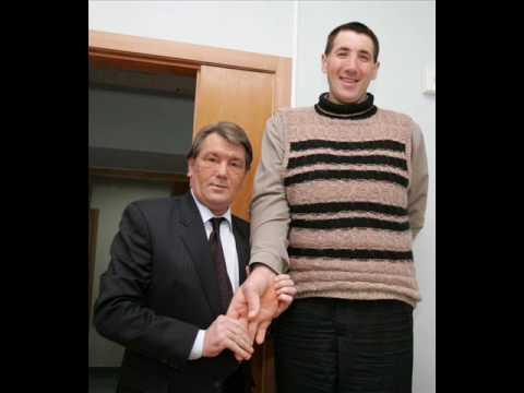 Najwyższy człowiek świata World s biggest man