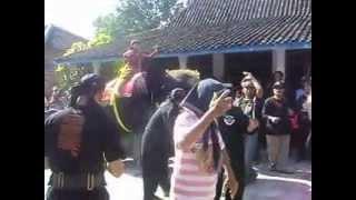 Kesenian Gajah Gajahan Dwi Panggakresna Ds.Nglumpang Mlarak Ponorogo
