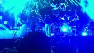 Childish Gambino - Redbone (Live @ Field Day 2017)