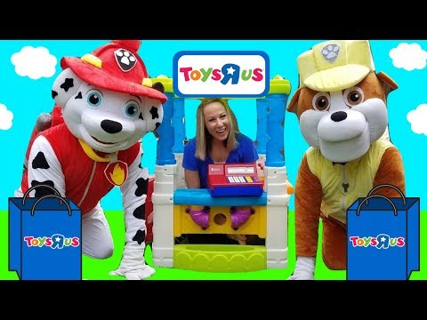 PAW PATROL Rubble Pup Goes to Toys R US HUGE Skye REAL Marshall