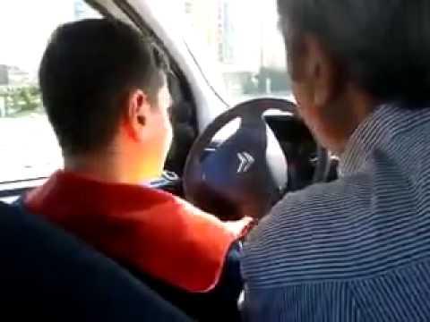 araba kullanmayı öğrenen ergenin dramı