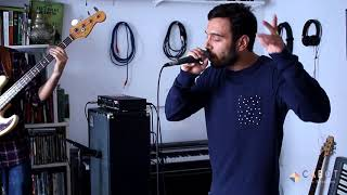 M.o.n.k featuring Sharif - Massive